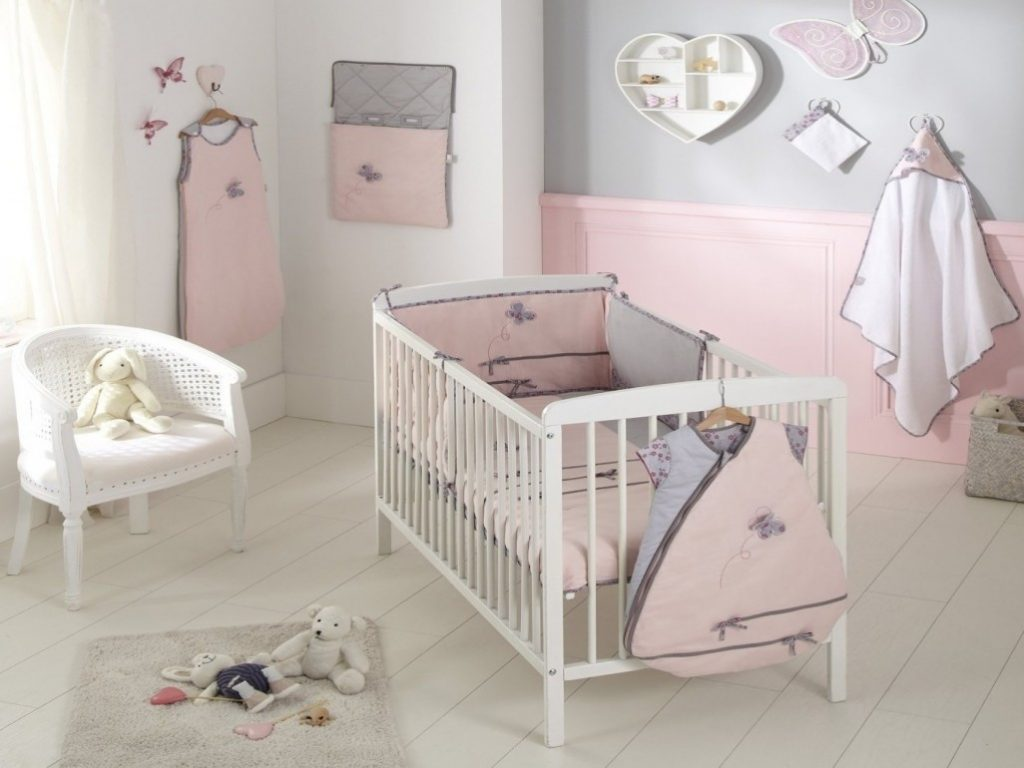 chambre bebe fille taupe rose