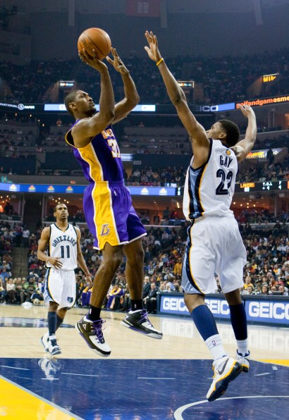 Lakers_Grizz_2010_0754.jpg?fit=1452%2C2112