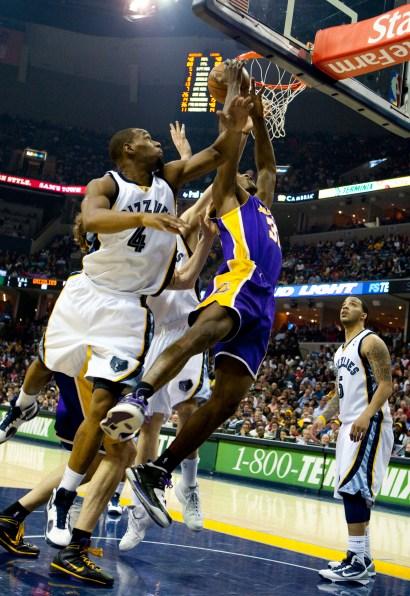 Lakers_Grizz_2010_0849.jpg?fit=1452%2C2112&ssl=1