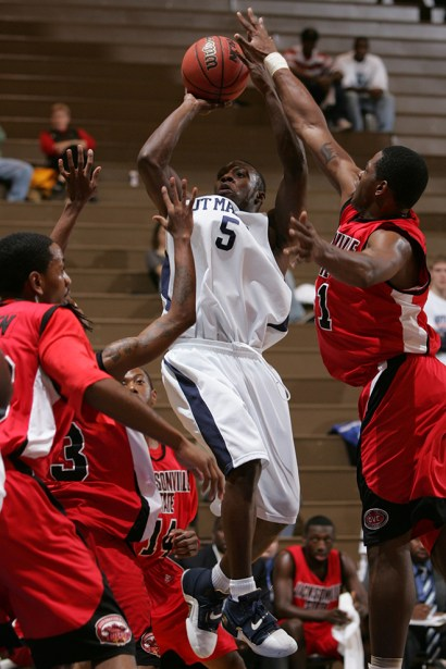 Trevor_Ruszkowski_Photos_basketball_2012_0009.jpg?fit=660%2C990&ssl=1