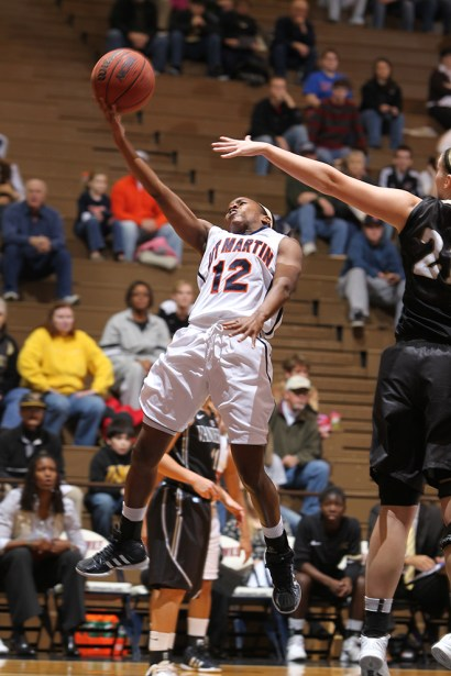 Trevor_Ruszkowski_Photos_basketball_2012_0045.jpg?fit=660%2C990
