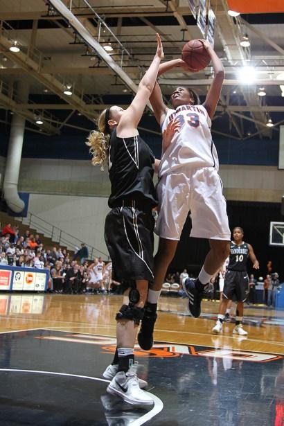 Trevor_Ruszkowski_Photos_basketball_2012_0048.jpg?fit=660%2C990