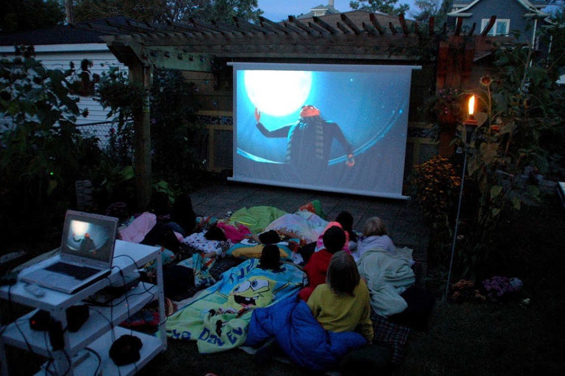 Image Result For How To Hang A Projector Screen On The Wall