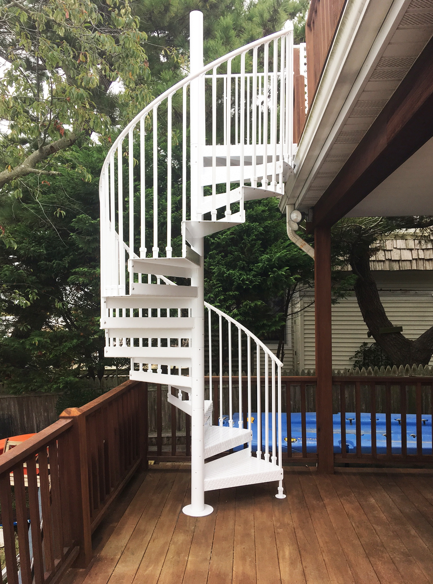 Discover The Ultimate Staircase Alternative Trex Spiral Stairs | Exterior Metal Spiral Staircase | Interior | Outdoor | Free Standing | Custom Exterior | Model
