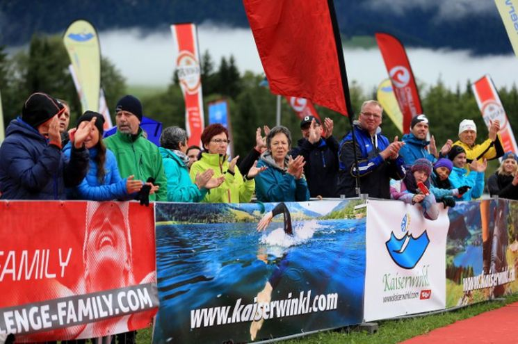 WALCHSEE, AUSTRIA - SEPTEMBER 03: Spectators look on during the Challenge Walchsee-Kaiserwinkl Triathlon on September 3, 2017 in Walchsee, Austria. (Photo by Stephen Pond/Getty Images)