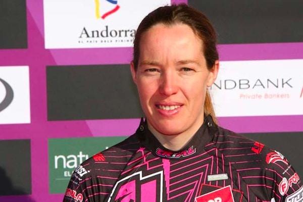Rebekah Cook en leader à Isola 2000