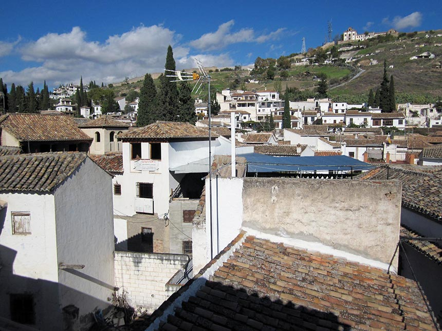 View from our window, Granada, España - Airbnb stay
