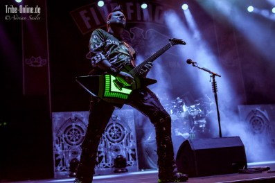 Five FInger Death Punch and Papa Roach_2015_32Adrian Sailer