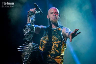 Five FInger Death Punch and Papa Roach_2015_37Adrian Sailer