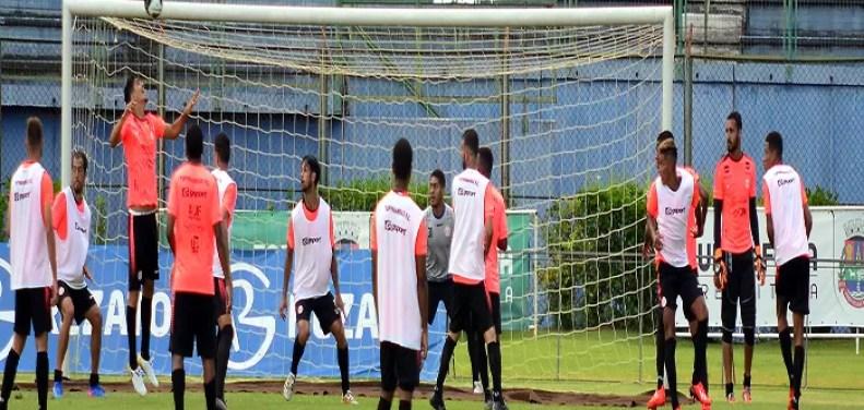 Tupynambás está preocupado com a maratona de jogos em caso de o Boa Esporte se classificar, pois os locais terão que viajar muito (Foto: Olavo Prazeres)