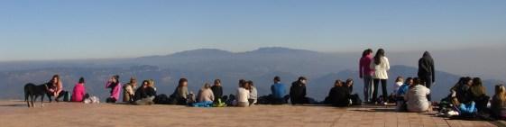 Alumnes de 4t curs de Grau d'Educació Infantil Blanquerna al cim de La Mola