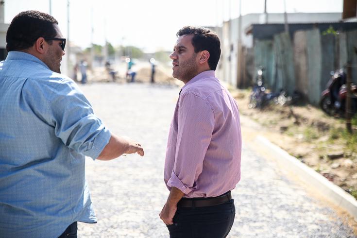 Rafael Diniz: contratação de tapa buraco por R$ 57,2 milhões mais uma vez gera polêmica