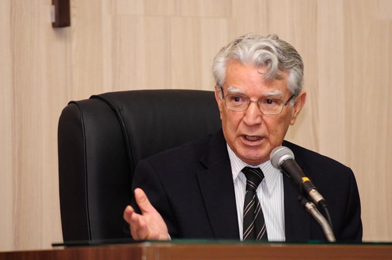 Edson Batista escolhe Neném para ser o líder do PTB na Câmara