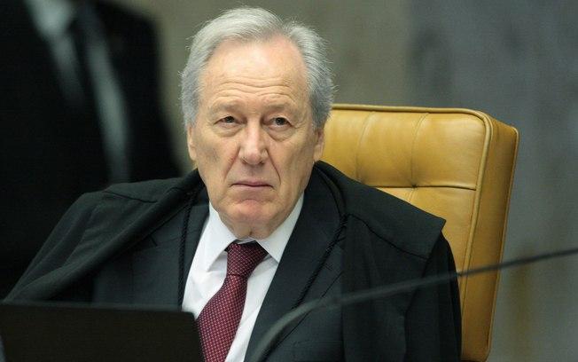 Ministro Ricardo Lewandowski abre inquérito sobre Pazuello