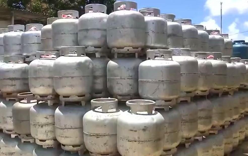 Ação do SindiPetro-NF venderá gás de cozinha por R$ 40 no bairro IPS, em Campos