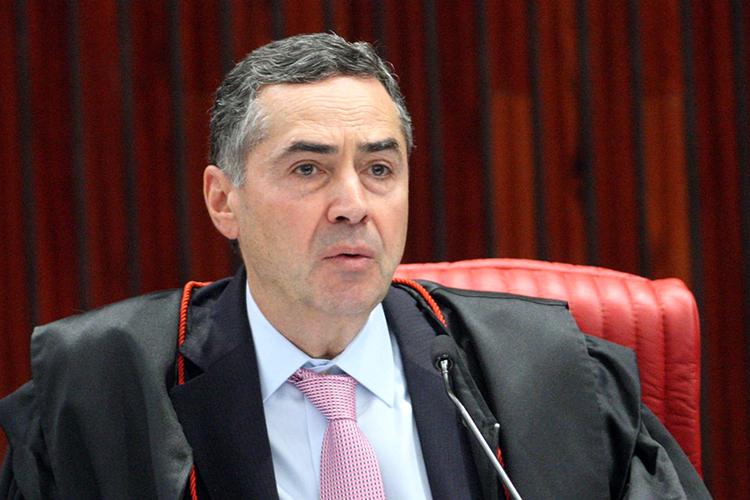 Voto impresso não é mecanismo de auditoria, pois é menos seguro, diz Barroso