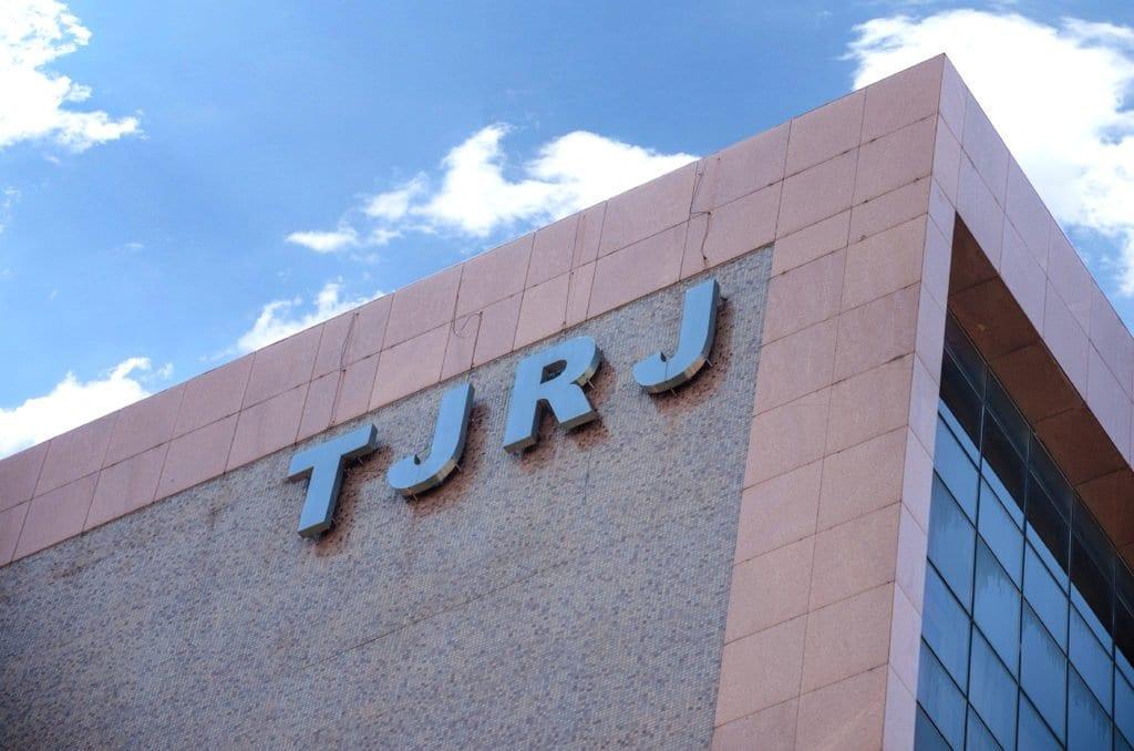 Justiça manda Oi religar internet do governo do RJ