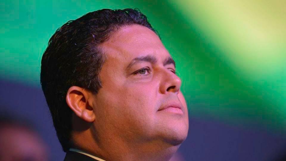 Presidente da OAB disputará governo do RJ e conversa com Kassab