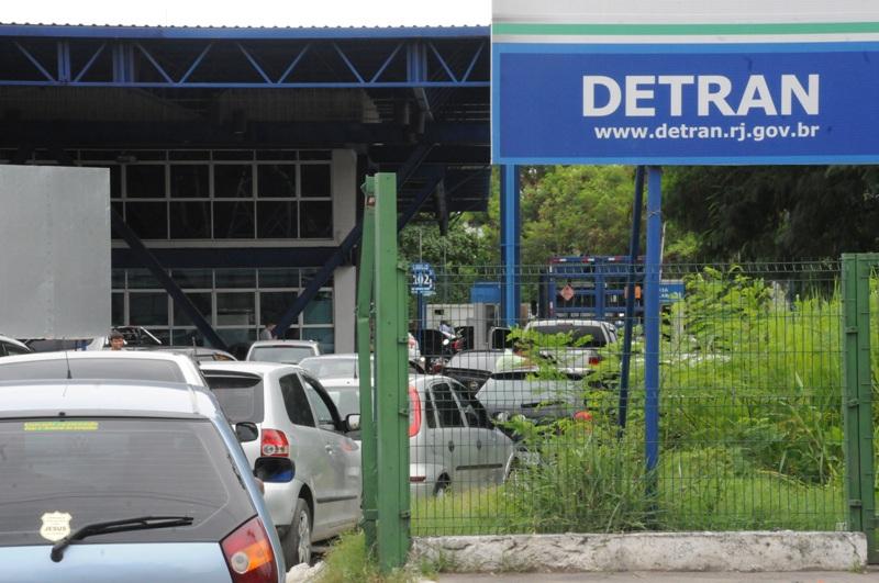 Detran-RJ confirma que veículos com GNV estão dispensados de vistoria anual e taxa