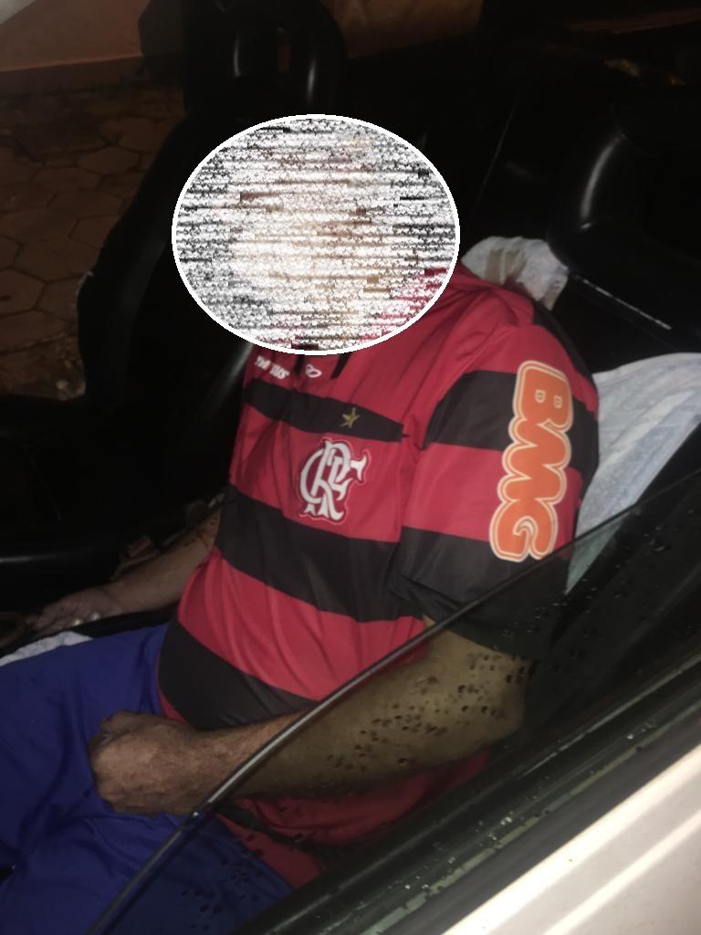 Homem é morto a tiros dentro de carro no Parque Turf Club, em Campos