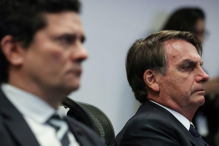 Bolsonaro afirma que Moro ficará na pasta da Justiça se o Ministério da Segurança for recriado