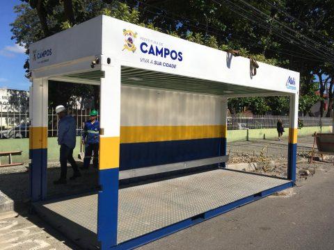 """Governo Rafael Diniz entrega """"Ponto Modelo"""": agora falta o transporte"""