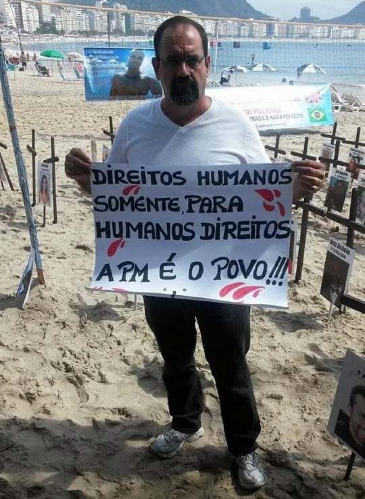 Vereador preso por chefiar milícia cobrava honestidade de políticos