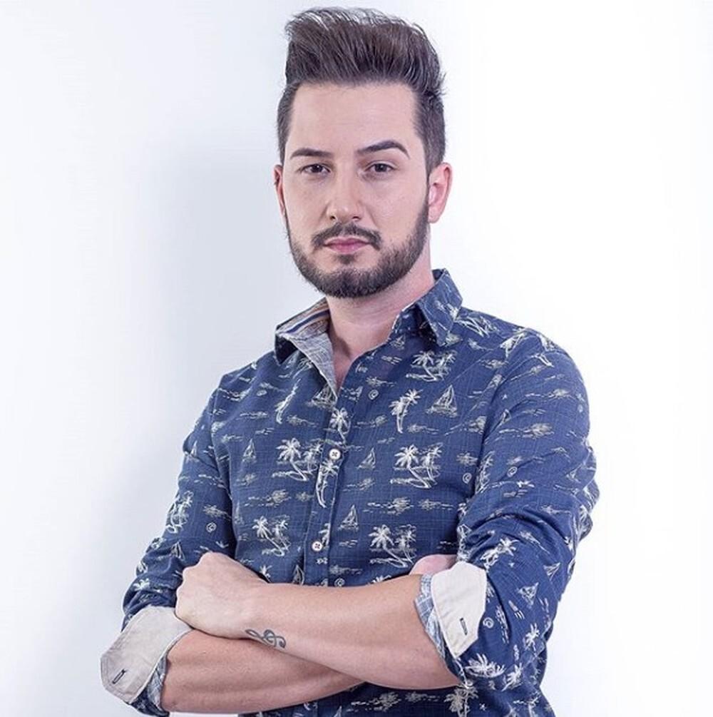 Cantor sertanejo Glaucio Lopes morre após cair no mar em Paraty