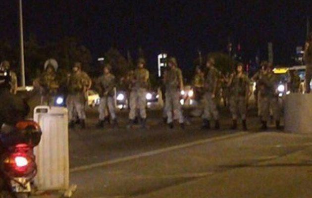 Στρατιωτικό πραξικόπημα σε εξέλιξη στην Τουρκία – Στους δρόμους τα τανκς (βίντεο)