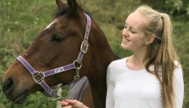 Βρετανία: 23χρονο μοντέλο βρέθηκε νεκρό με μαχαιριές στο λαιμό
