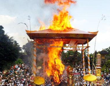 220 Mayat Dibakar Massal di Tanahbumbu