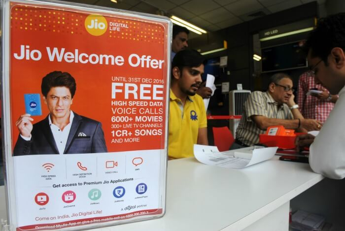 Reliance Jio Happy New Year offer 2017
