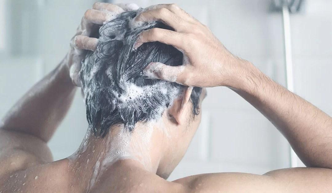 Ogni quanto lavare i capelli le regole da seguire