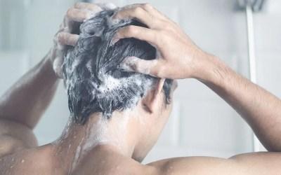 Ogni quanto lavare i capelli: le regole da seguire