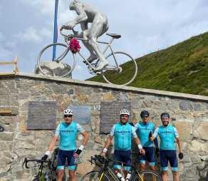 cycling team4