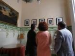 interior visitantes casa museo juan vides