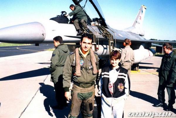 Ελληνικό MIRAGE-2000 επιστρέφει με έναν πύραυλο λιγότερο… Πως έριξε το τουρκικό F-16 ο Έλληνας πιλότος (Εικόνες και βίντεο) - Εικόνα5