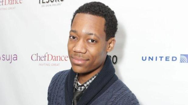 tyler-james-williams-joins-the-walking-dead-season-5-cast