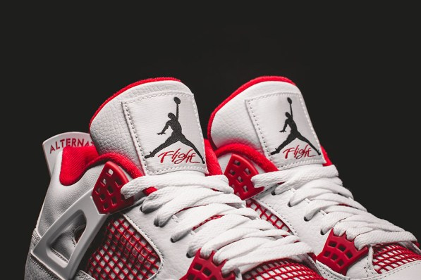 Air-Jordan-4-Reto-Alternate-89 2