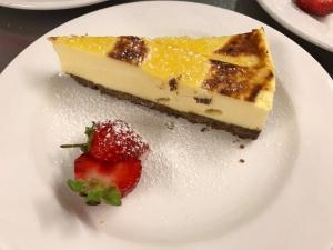 Mango-Creme-Brulee-Cheesecake