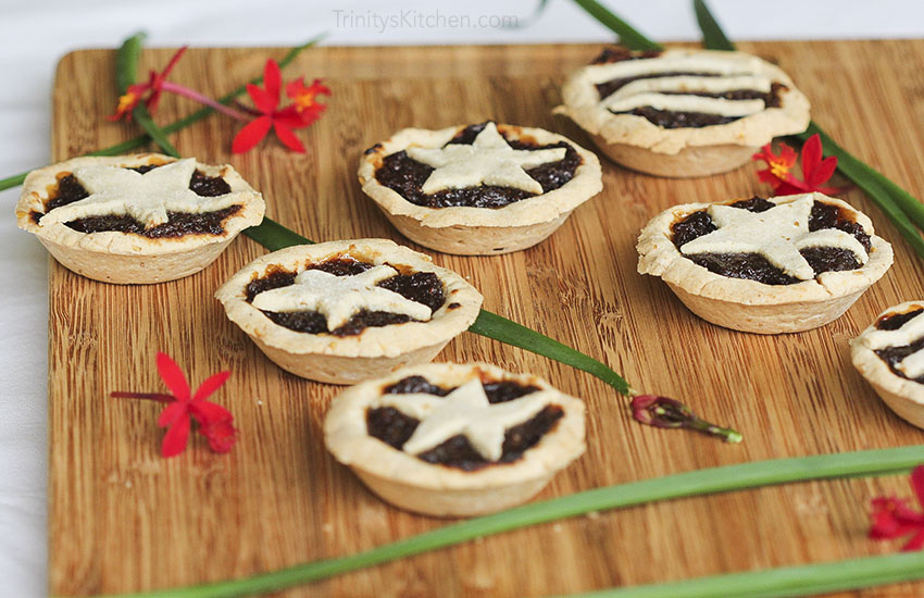 Sweet English Mince Pies for Christmas by Trinity - #glutenfree #vegan