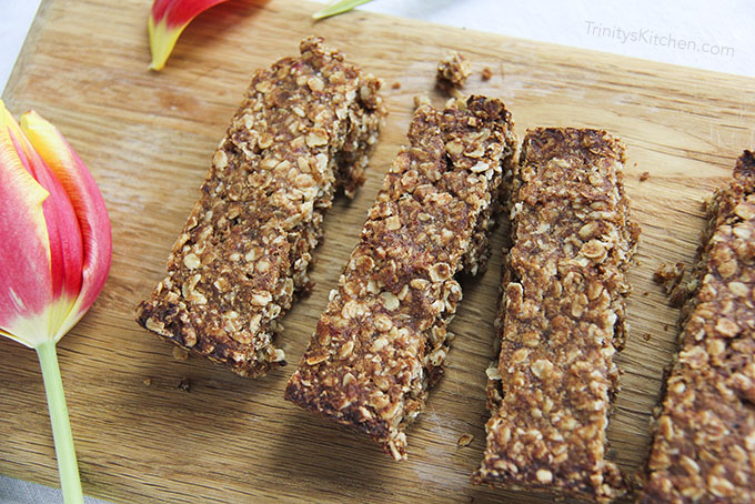 Malty Maca Granola Bars - naturally sweetened with dates (gluten-free vegan)