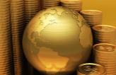 Imagem de globo dourado cercado por moedas de ouro Trinus Global