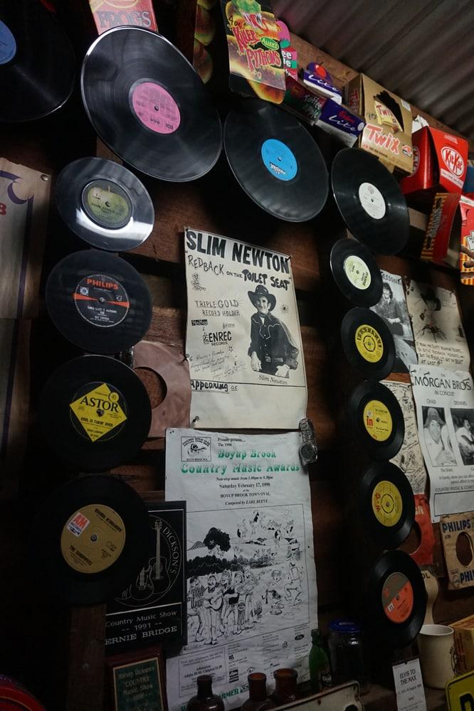 harvey-dickson-country-music-centre-3