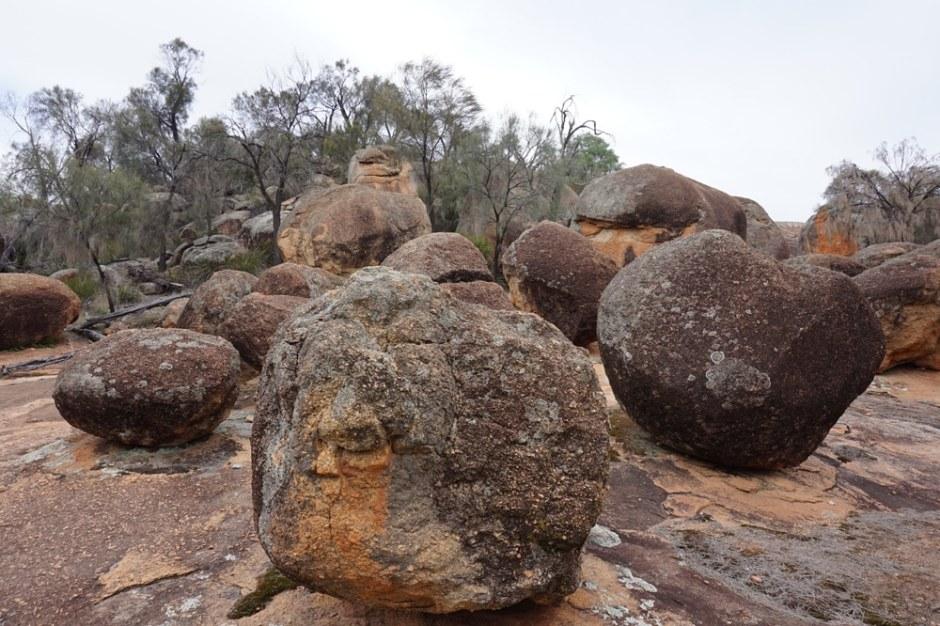 The Breakers : des rochers qui se sont détachés petit à petit à cause de l'infiltration de l'eau dans la roche