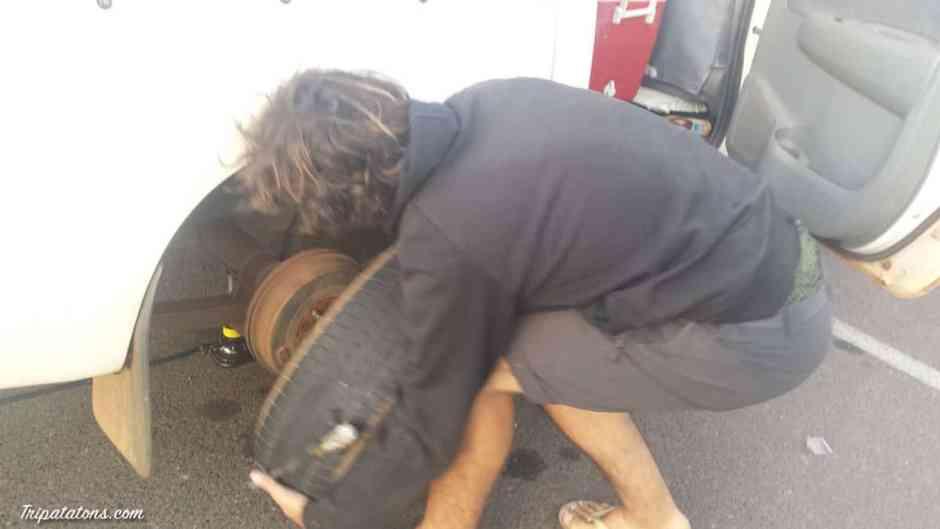flat-tire-palmerston