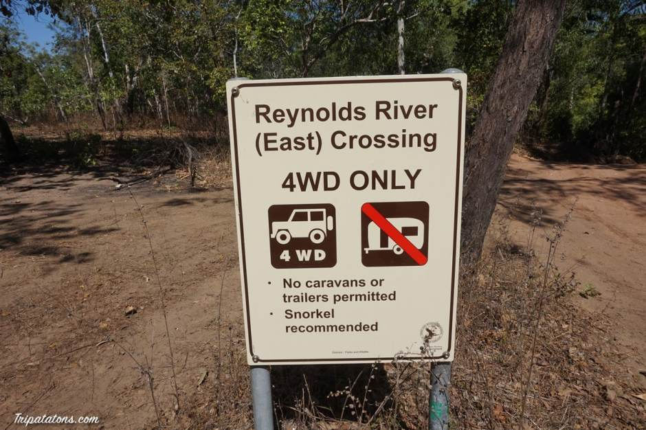 reynolds-river-crossing-sign