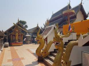 wat-phra-that-doi-kham-temple-4