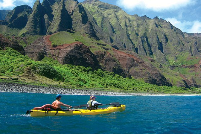 Kayak Napali Coast, Kauai, Hawaii