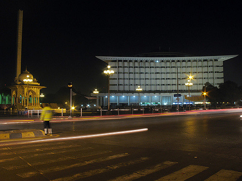 Mall Road Lahore